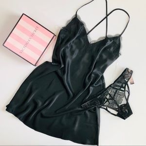 Victoria's Secret black slip lingerie set - SMALL